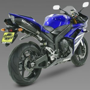 YAMAHA YZF R1 WITH SLIP-ON MUFFLER FULL CARBON.